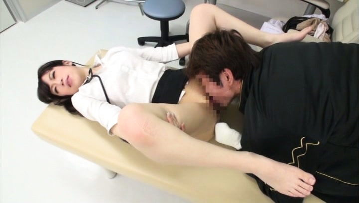 Amateur. Amateur Asian doctor has pussy licked while